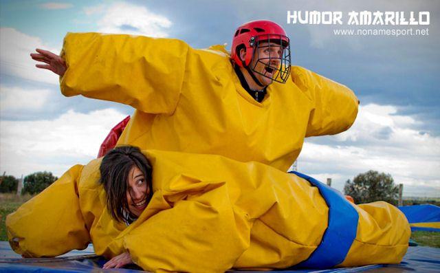 Humor amarillo tres cantos